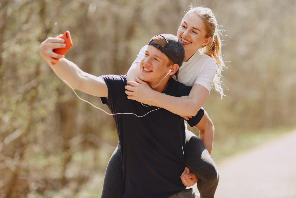 happy couple exercising